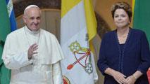 Ir al VideoEl papa Francisco llega a Brasil en medio de una enorme expectación