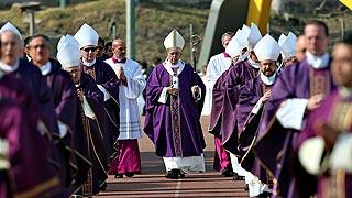 El papa Francisco visita Michoacán, uno de los feudos del narcotráfico en México