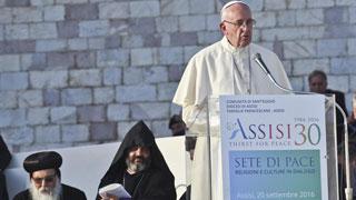 El papa rechaza el uso de la violencia en nombre de la religión en la Jornada Mundial de la Oración en Asís
