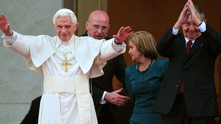 Benedicto XVI se reúne con Raúl Castro durante su visita a Cuba
