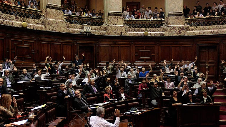 Matrimonio In Uruguay : El parlamento de uruguay aprueba la ley matrimonio