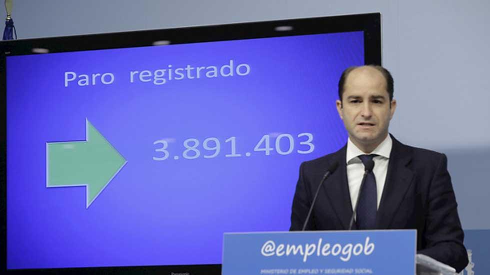 El paro baja de los cuatro millones por primera vez desde agosto de 2010