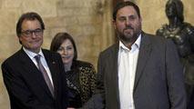 Ir al VideoLos partidos en Cataluña valoran el adelanto de las elecciones