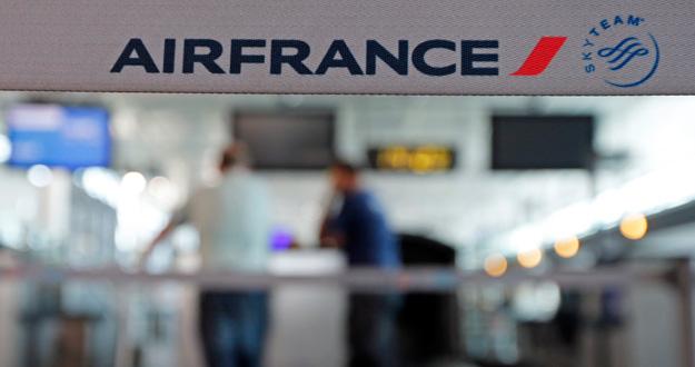 Pilotos de Air France prolongan su huelga
