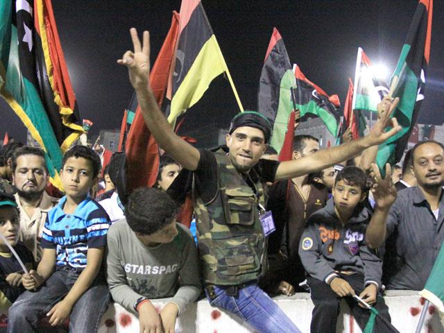 Expertos coinciden en que pasarán años antes de que se pueda hablar de democracia en Libia