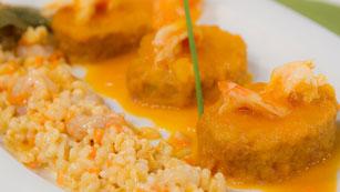 Saber Cocinar - Patatas rebozadas con salsa de langostinos y almejas