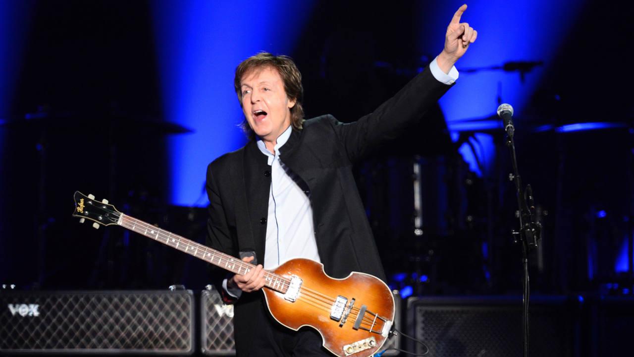 Paul McCartney en un concierto en París el pasado lunes 30 de mayo.
