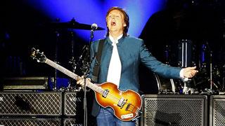 Paul McCartney emociona en su visita a Madrid