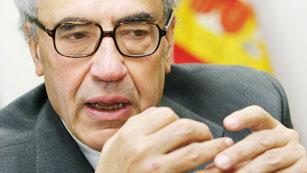 Gregorio Peces Barba, uno de los siete padres de la Constitución, ha muerto a los 74 años