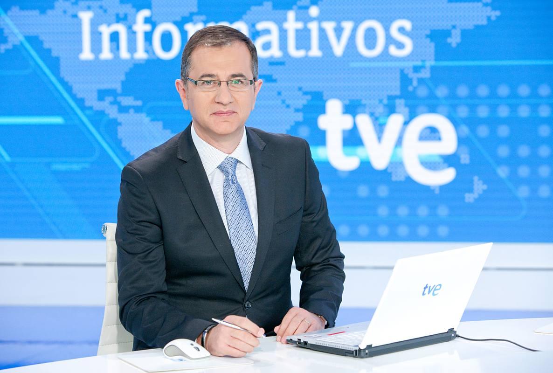 Pedro Carreño, editor y presentador del Telediario Fin de Semana de TVE, premiado en la categoría de televisión
