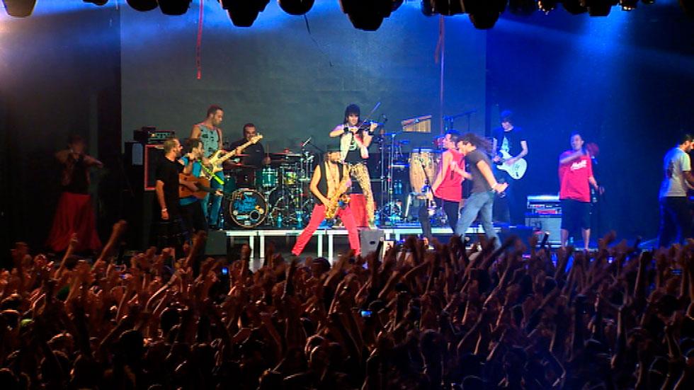 La Pegatina ofreció su concierto número mil