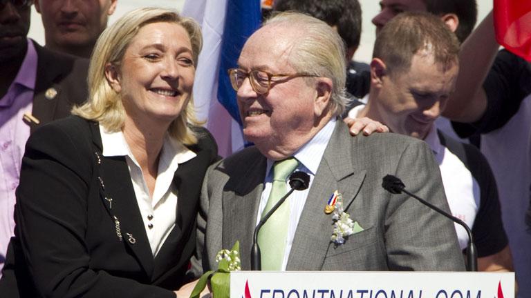Le Pen no pide el voto para ningún candidato