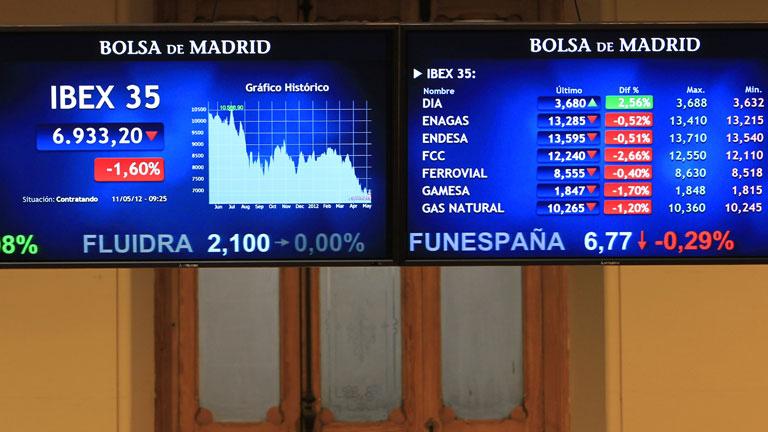 El Ibex-35 reacciona con pérdidas a la reforma financiera del Gobierno
