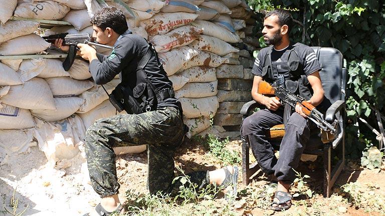 Obama reitera que no enviará tropas contra el EI y obtiene permiso para armar a la oposición siria