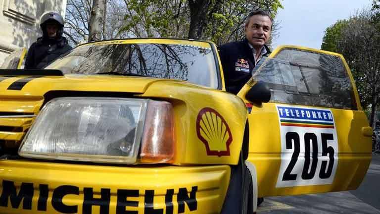 Peugeot vuelve al Dakar con Carlos Sainz y Cyril Despres