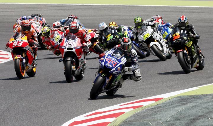 El piloto español Jorge Lorenzo ha dominado la carrera de Montmeló desde las primeras vueltas.