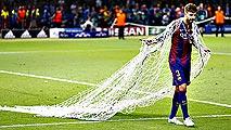 Pique lideró las celebraciones del Barça en Berlín