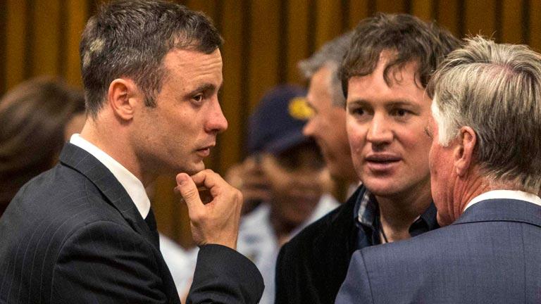 Pistorius regresa al tribunal en la vista en la que se decide su sentencia