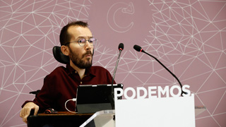 El pleno del Ayuntamiento de Zaragoza reprueba a Echenique tras ser multado por la contratación irregular de un asistente