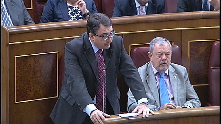 El PNV le pide a Rajoy que haga como el primer ministro británico y autorice la consulta en Cataluña