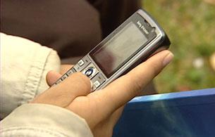 Según los expertos, una de cada mil personas son adictas al teléfono móvil.