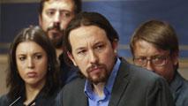 Ir al VideoPodemos presiona al PSOE con una moción de censura contra Rajoy que los socialistas rechazan apoyar