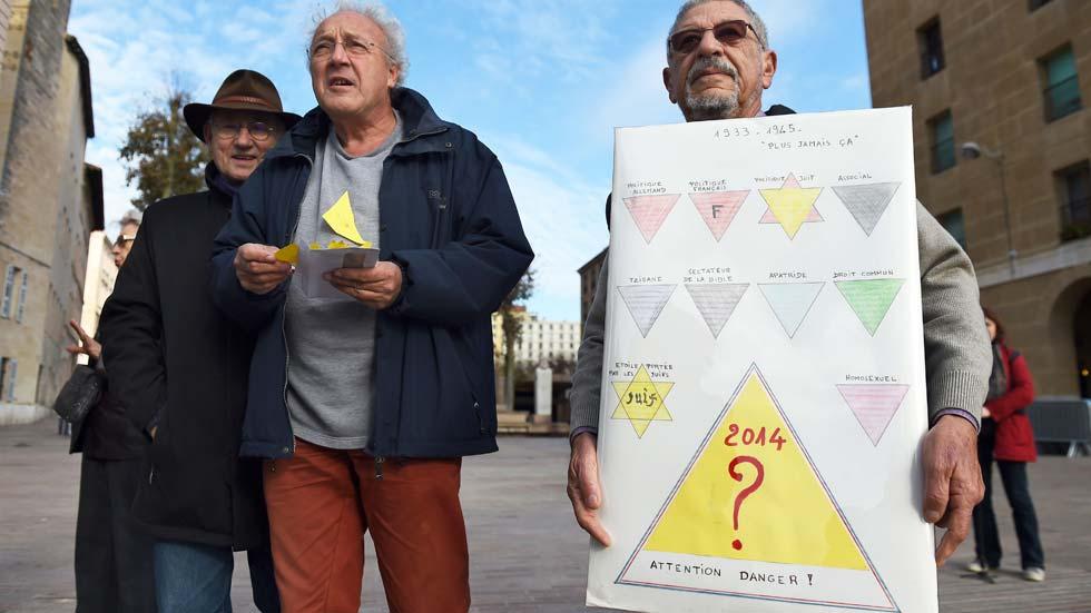 Polémica en Marsella por una nueva tarjeta sanitaria para personas sin hogar