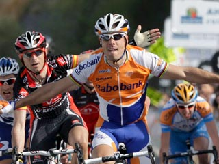 Polémica victoria de Freire en la primera etapa Vuelta a Euskadi