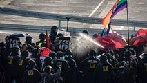 La policía alemana detiene a 400 activistas de izquierdas en protestas contra el partido xenófobo