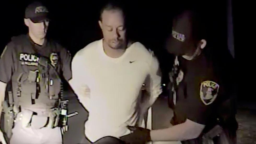 La policía difunde imágenes del arresto de Tiger Woods