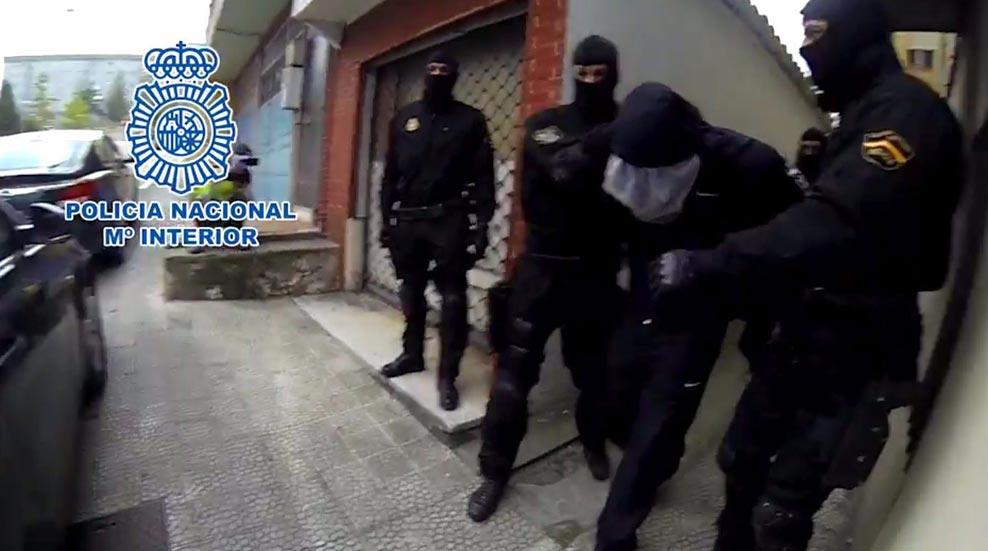 LA POLICÍA DIFUNDE IMÁGENES DE LA DETENCIÓN DEL PRESUNTO PEDERASTA