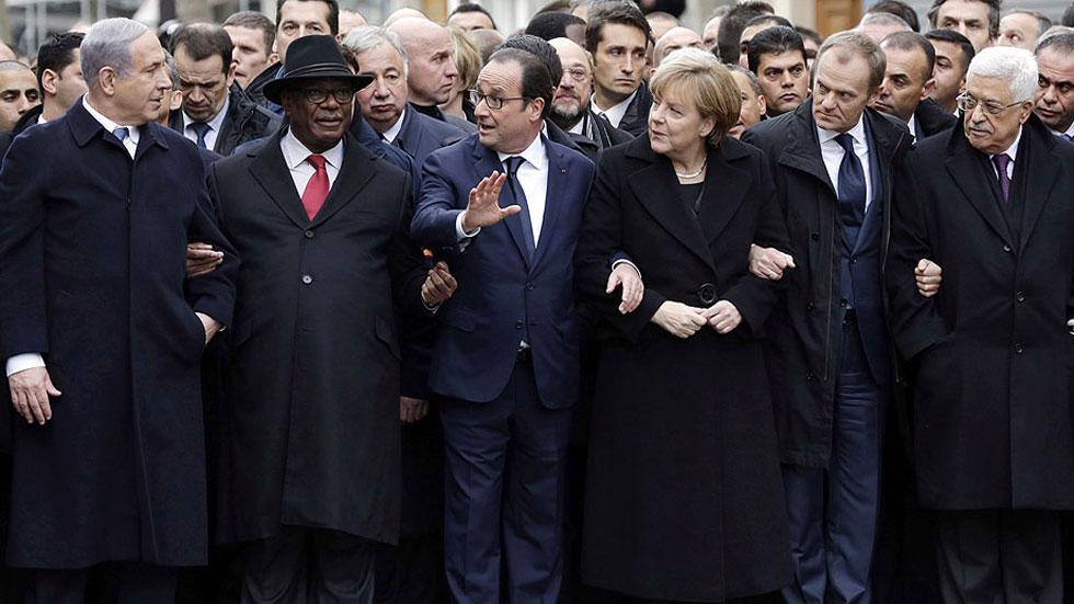 Representantes de 50 países acompañan a Hollande en una marcha histórica