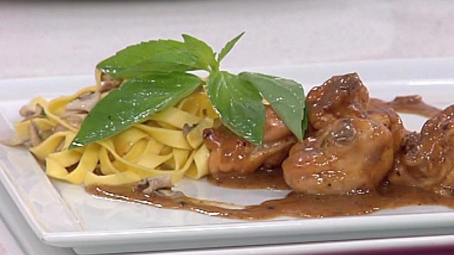 Saber Cocinar - Pollo al limón con pasta a la albahaca