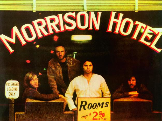 Portada de 'Morrison Hotel' (1970), de los Doors, diseñada por Gary Burden y con fotografía de Henry Diltz.