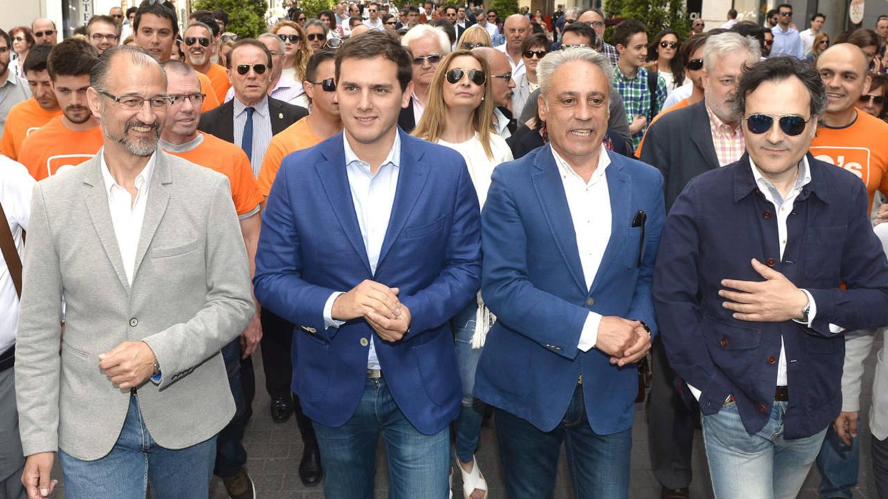El portavoz de Ciudadanos en el Ayuntamiento de Valladolid, Jesús Presencio, en un acto electoral del 24M