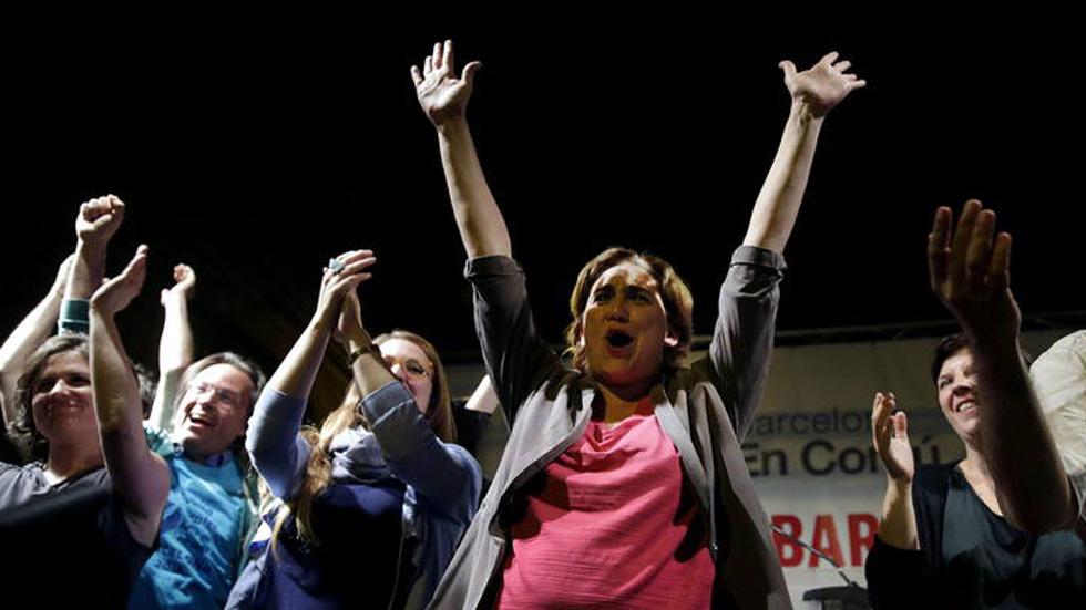 El PP gana pero su fuerte caída deja en manos de la izquierda gran parte del poder local y regional