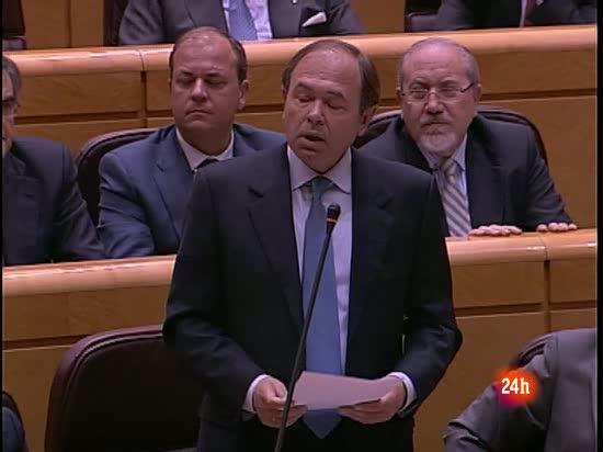 """García Escudero piede a Zapatero que """"acabe con la incertidumbre"""""""