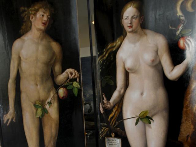 Los restauradores del Museo del Prado presentan los nuevos 'Adán y 'Eva' de Durero
