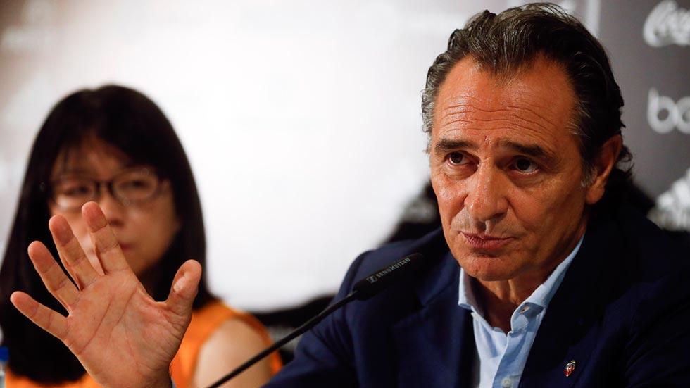 """Prandelli: """"Decidí fichar por el Valencia porque tiene un proyecto fascinante"""""""
