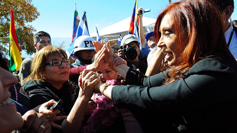 La prensa argentina critica el 'silencio' de Cristina Fernández