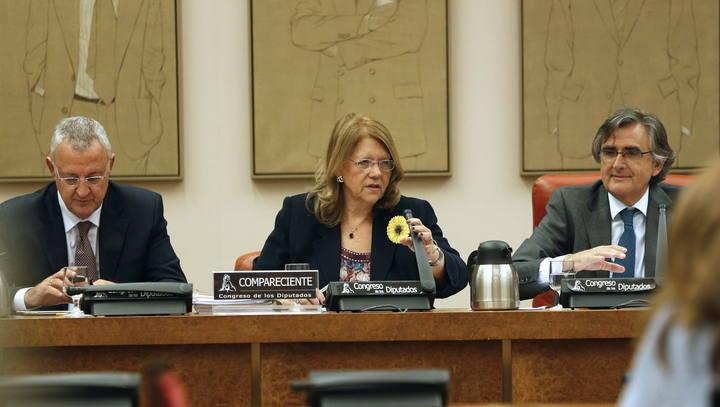 La presidenta de la Comisión Nacional del Mercado de Valores (CNMV), Elvira Rodríguez, en el Congreso
