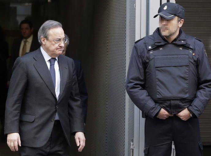 El presidente del Real Madrid, Florentino Pérez, tras declarar como testigo en la Audiencia Nacional.