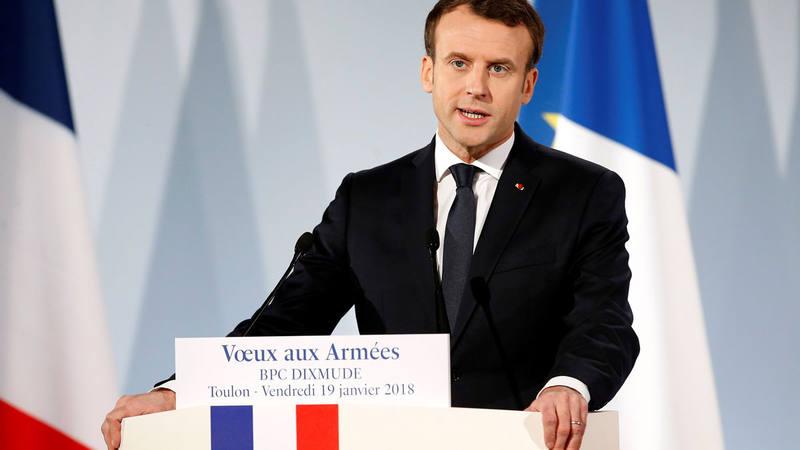 El presidente francés expresa sus deseos de año nuevo a las fuerzas armandas