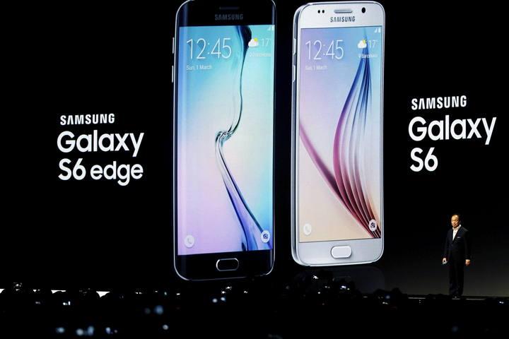 El presidente de Samsung, JK Shin, durante la presentación del nuevo teléfono móvil de la compañía coreana, el Samsung Galaxy 6, celebrada en Barcelona.