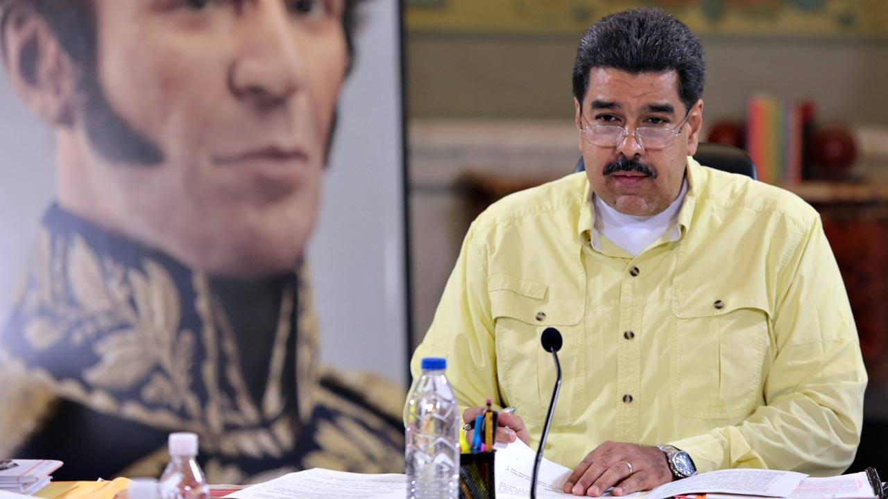 El presidente venezolano, Nicolás Maduro, preside el consejo de ministros en el Palacio de Miraflores