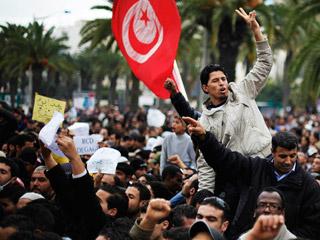 En Túnez, el Gobierno interino sigue buscando legitimidad