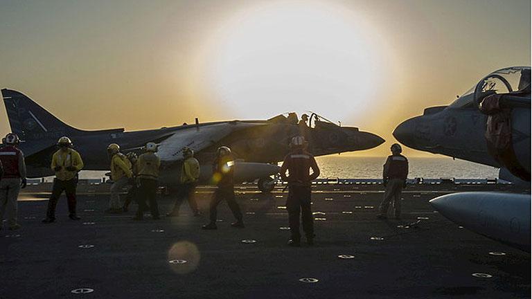 La coalición de países contra el EI liderada por EE.UU. realiza el primer ataque aéreo en Siria