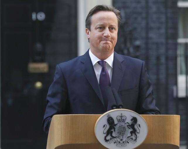 El primer ministro, David Cameron, habla en Downing Street tras el referéndum de Escocia