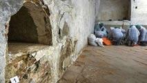 Ir al VideoLos primeros huesos encontrados en la iglesia de las Trinitarias, no se corresponden con los de Miguel de Cervantes