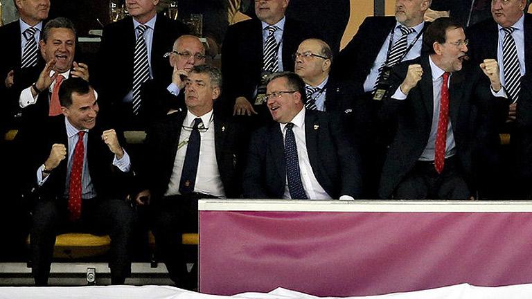 El príncipe Felipe y Mariano Rajoy, con la selección